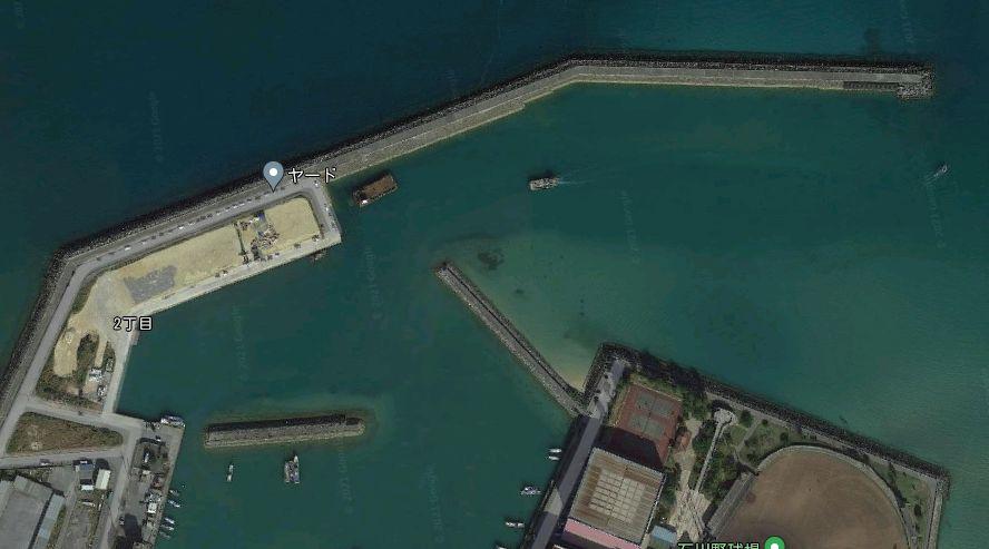 石川漁港-防波堤