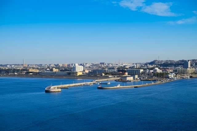 江ノ島から見た片瀬漁港