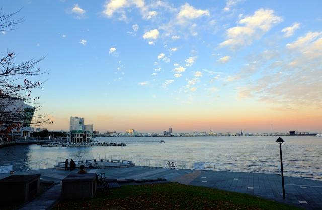 新港パークの夕景