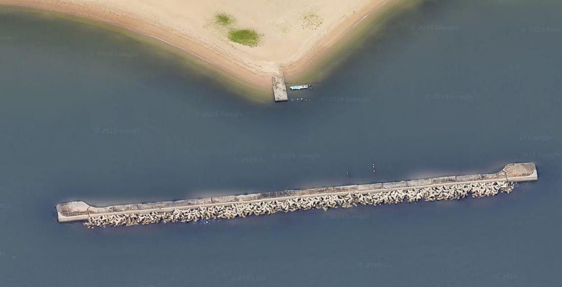 須磨海岸-沖堤防