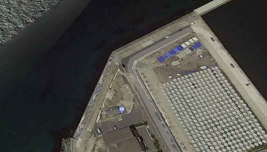 都志港-外海側の護岸(ベランダ)