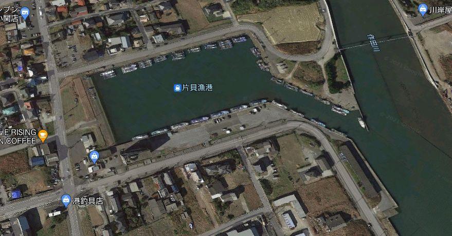 片貝漁港-片貝旧港の護岸