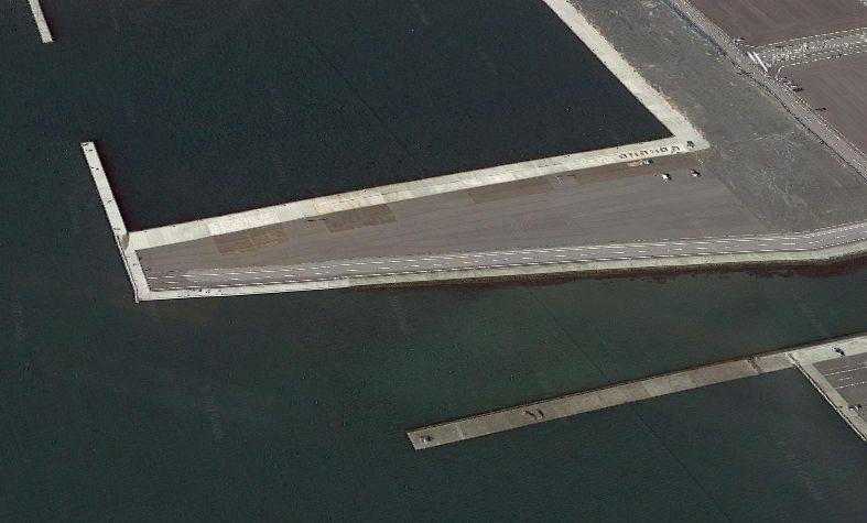大津港-里根川の河口にある突堤