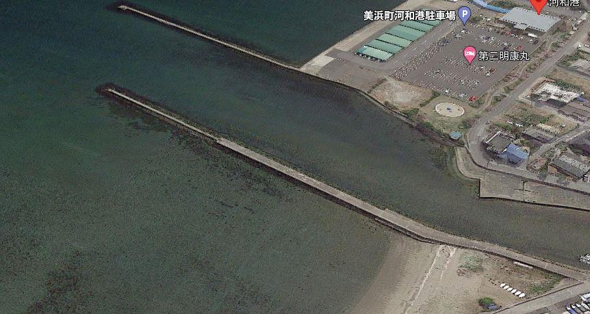 河和港-新江川河口の北側の防波堤