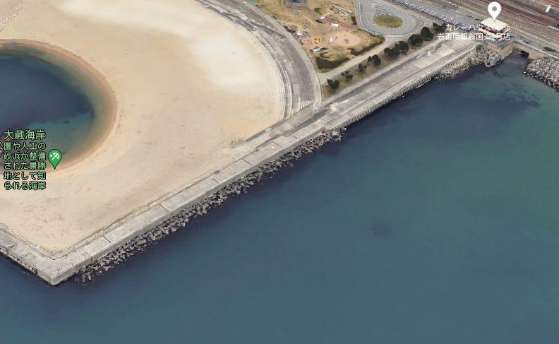 大蔵海岸-東側堤防の東側面
