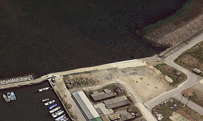 大井漁港-中央突堤の護岸