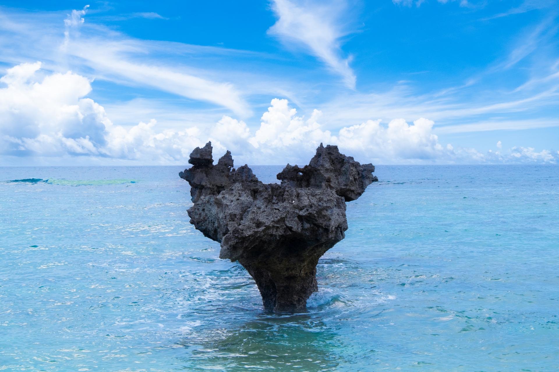 古宇利島のハートロック-2つが重なった角度