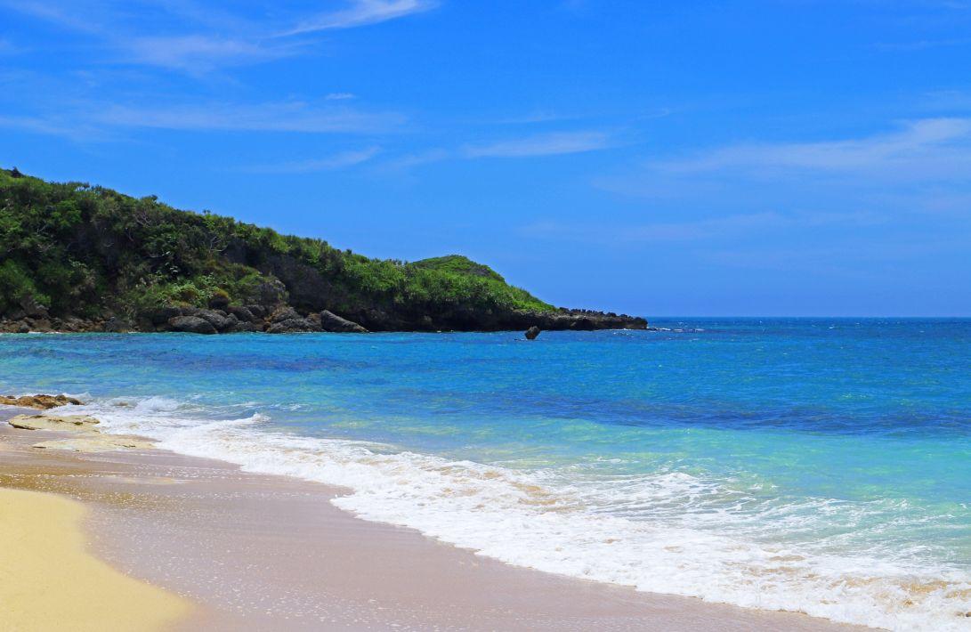 浜比嘉島のビーチ-アイキャッチ
